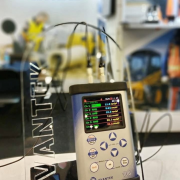 SV 106 Human Vibration Analyzer